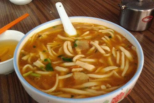 新疆特色小吃:炮仗子汤饭香喷喷