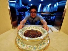 """台湾""""天价""""牛肉面2000元一碗 要提前预约"""